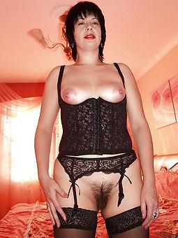 curvy hairy stockings pics