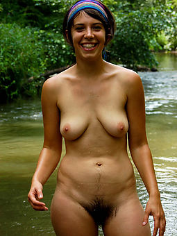 natural busty hairy amature porn