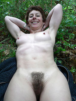 whore moms hairy