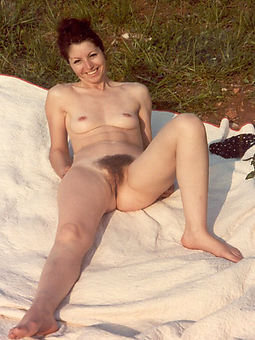 unartificial small tits hairy