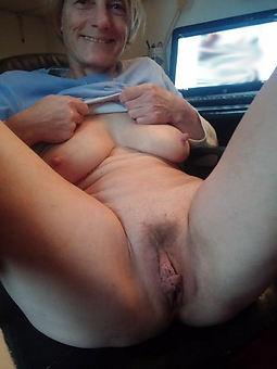 mom hairy vagina hot porn pics