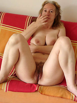 natural mature hairy laddie