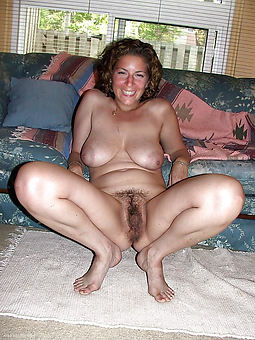 mature hairy pussy picture