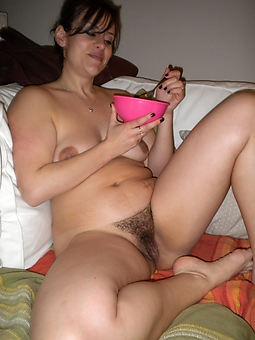 natural mature hairy porno