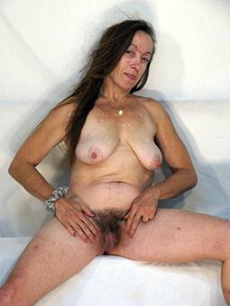 adult nude hairy women